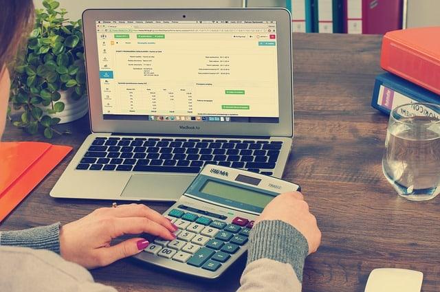 ¿Puedo desgravar del IRPF los intereses de un préstamo?